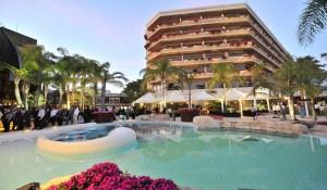 Лучшие Отели Кипра с Собственным Пляжем — Топ 7