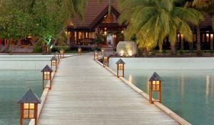 Мальдивы Отель Курумба - Расположение и Особенности