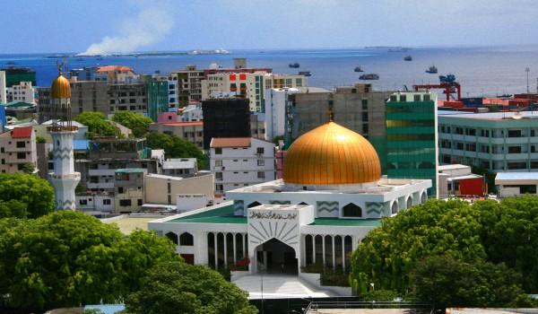 Столица-мальдивских-островов-Мале