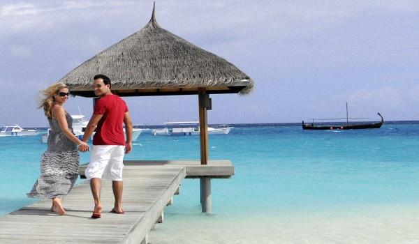 Свадебное-путешествие-на-Мальдивы
