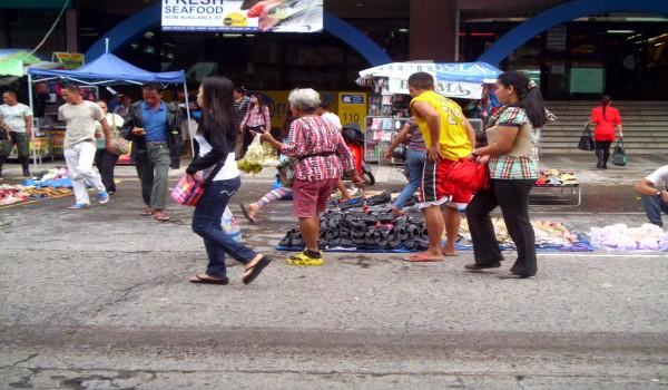 Как-живут-на-Филиппинах-простые-люди