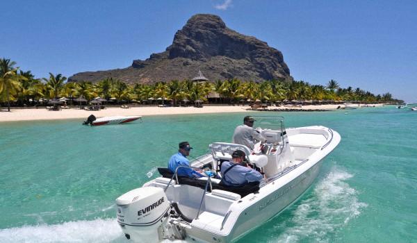 Правильная-рыбалка-на-Маврикии