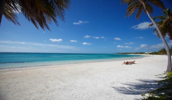 Пляж Баваро Доминикана
