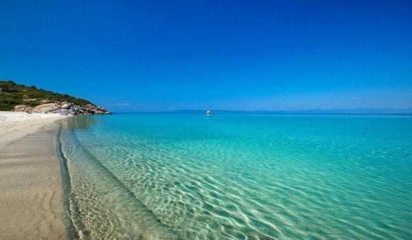 Куда лучше поехать в Грецию с детьми